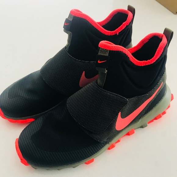 Nwt Nike Sock Style Boys Shoes Sneakers